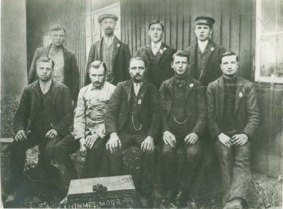 Forced labourers near Hamburg. (Source: http://www.europeana1914-1918.eu/nl/contributions/5633#prettyPhoto[gallery]/0/)